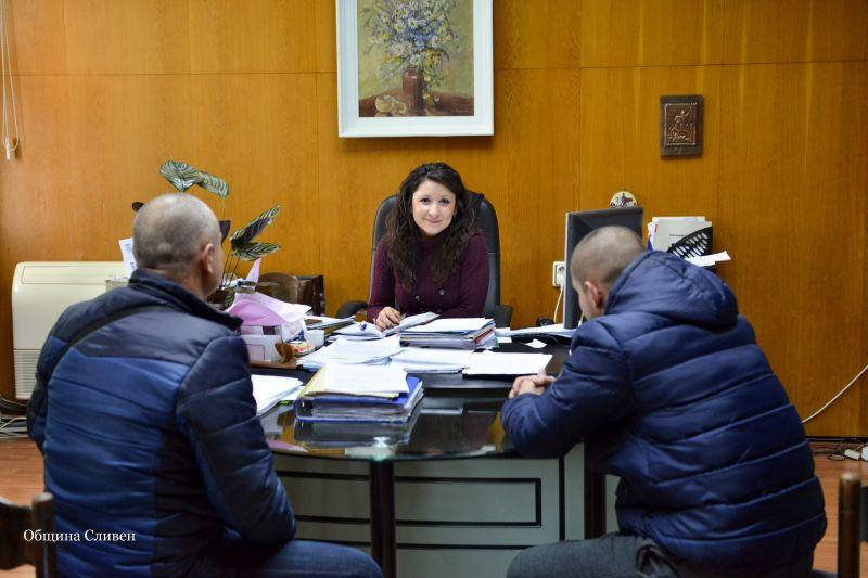Граждани търсят съдействие от Пепа Чиликова и Валя Радева за…